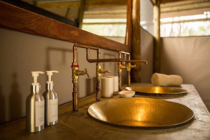 Bathroom - Meno a Kwena Tented Camp | Safari Camps in Makgadikgadi Pans National Park | Africa Discovery