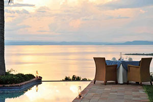Bumi Hills Safari Lodge in Lake Kariba